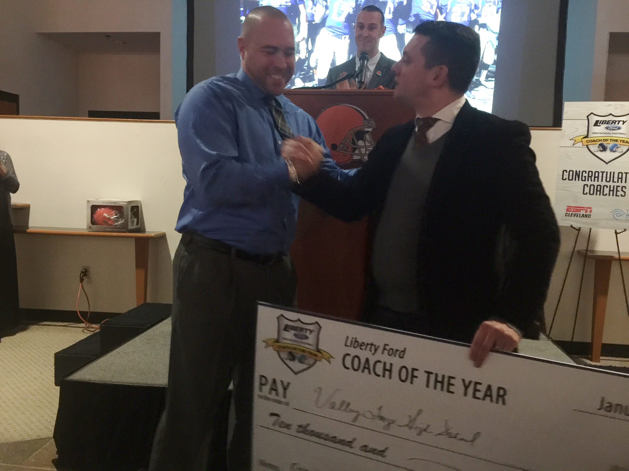 Liberty Ford Solon >> And The 2015 Liberty Ford Coach Of The Year Is Liberty Ford